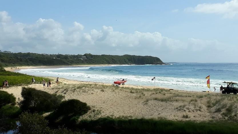 Black Heach Beach 2